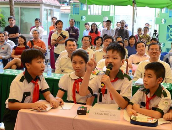 Giải Toán qua Internet  - ViOlympic là cuộc thi dành cho học sinh từ lớp 1 đến lớp 12 trên toàn quốc được Bộ GD&ĐT phối hợp cùng FPT tổ chức từ năm 2008 đến nay.