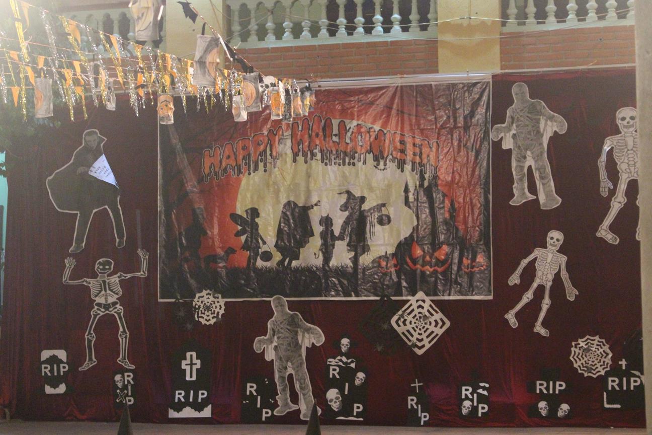 Lễ hội Halloween độc đáo tại Trung tâm Ngoại ngữ - Tin học